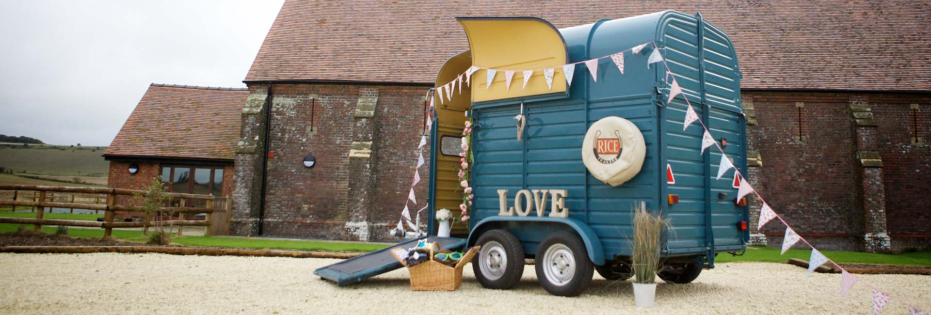 Why Book an Unusual Photo Booth? - Horse Box Photo BoothHorse Box